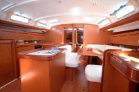Cyclades 50 interior