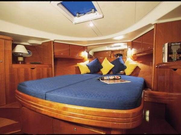 Giulietta II Double Cabin with en-suite