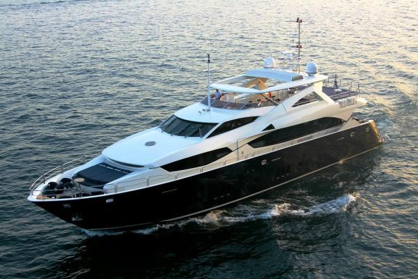 Yacht charter Croatia - Sunseeker 34M