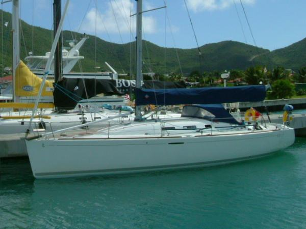 Our 40.7 Moored in St Maarten
