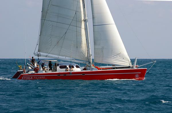 Crewed catamaran 18.28m