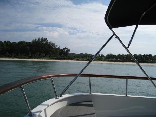 Cruising Lazarus Island - WHATEVER!